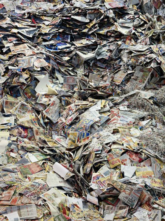 Bertram Kober, Paperhill 2, 120x90 cm, 2016, C-Print auf Aludibond