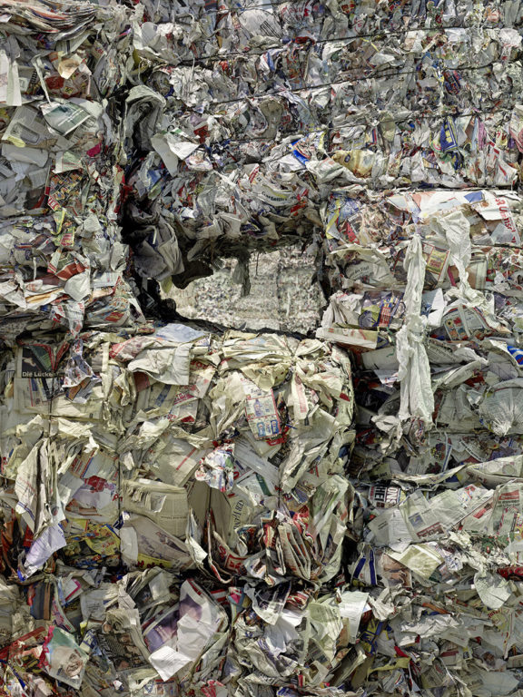Bertram Kober, Paperhill 3, 120x90 cm, 2016, C-Print auf Aludibond